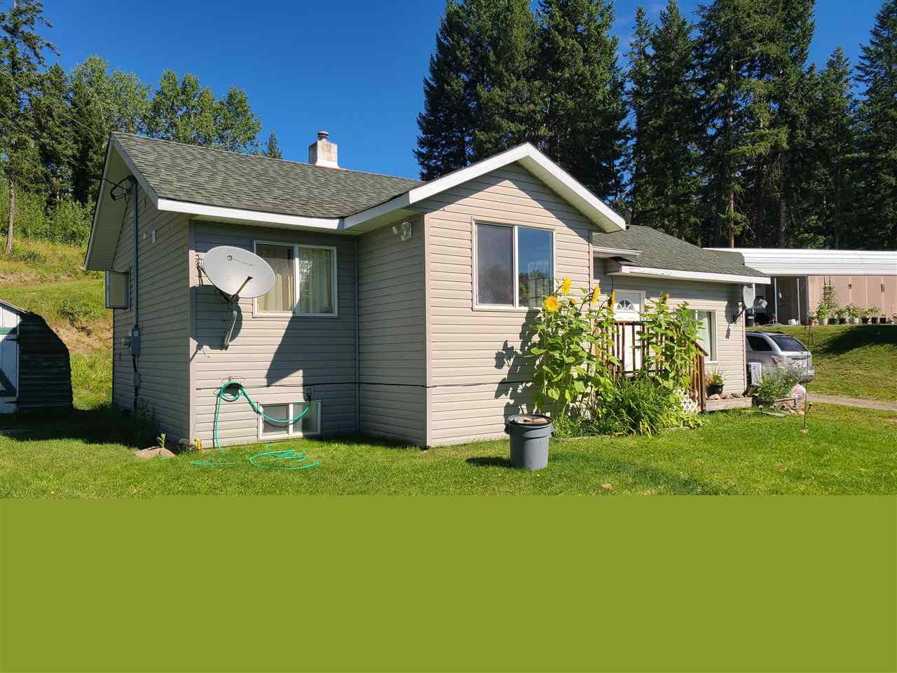 Main Photo: 4606 CANIM-HENDRIX LAKE Road: Forest Grove House for sale (100 Mile House (Zone 10))  : MLS®# R2525207