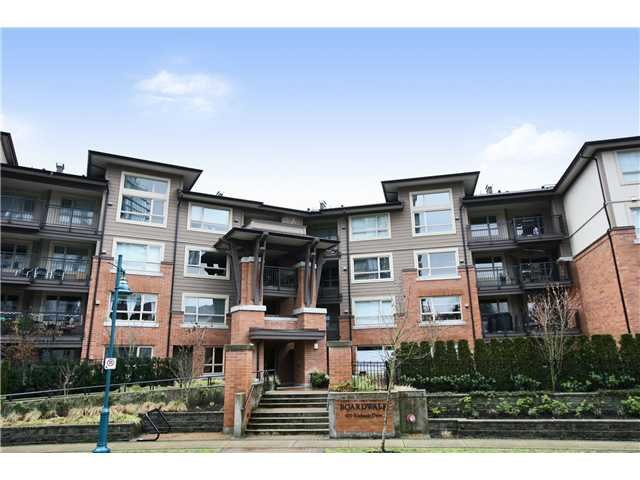 Main Photo: 309 600 Klahanie Drive in Port Moody: Condo for sale : MLS®# V863199