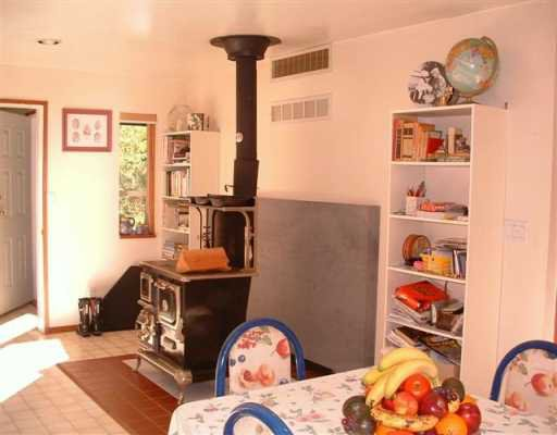 Photo 5: Photos: 3295 KRAUS Road in Roberts_Creek: Roberts Creek House for sale (Sunshine Coast)  : MLS®# V612637