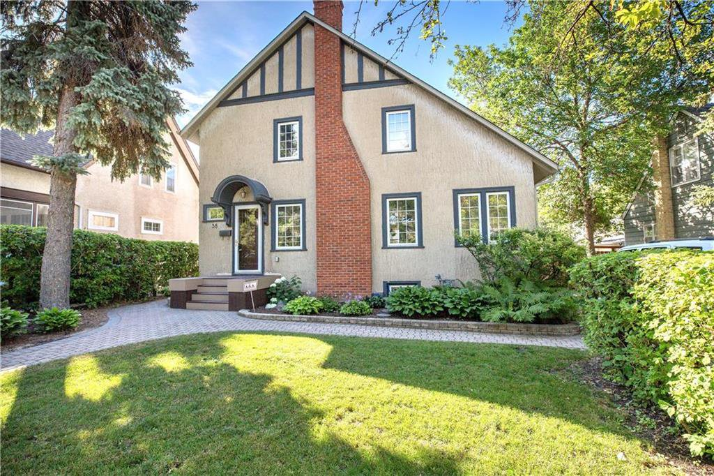 Main Photo: 38 Rosewarne Avenue in Winnipeg: St Vital Residential for sale (2C)  : MLS®# 202017876