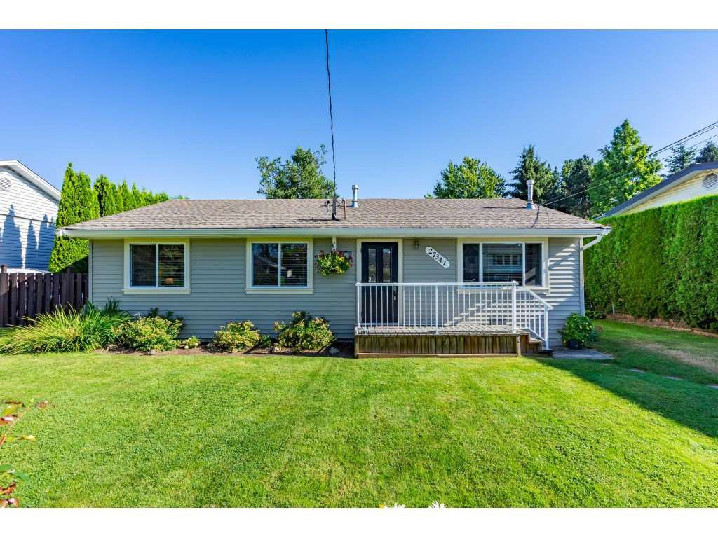Main Photo: 27347 29A Avenue in Langley: Aldergrove Langley House for sale : MLS®# R2481968