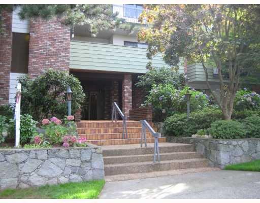 Main Photo: 103 710 E 6 Avenue in Vancouver: Mount Pleasant VE Condo  (Vancouver East)  : MLS®# V74074