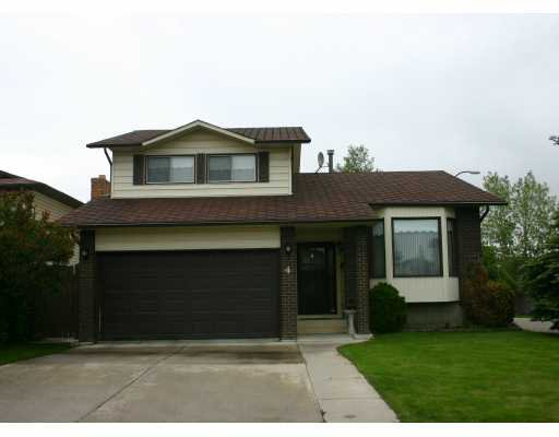 Main Photo:  in CALGARY: Temple Residential Detached Single Family for sale (Calgary)  : MLS®# C3174971