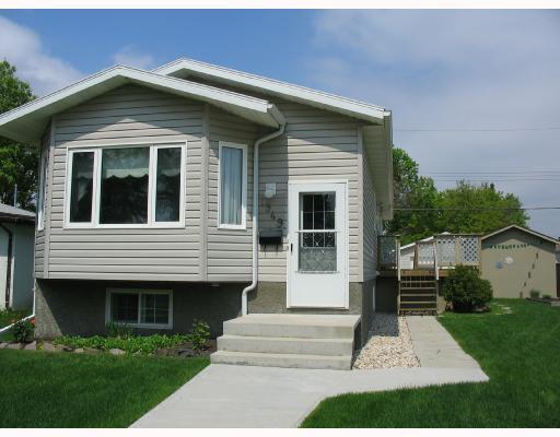 Main Photo: 1949 WILLIAM Avenue West in WINNIPEG: Brooklands / Weston Residential for sale (West Winnipeg)  : MLS®# 2810013