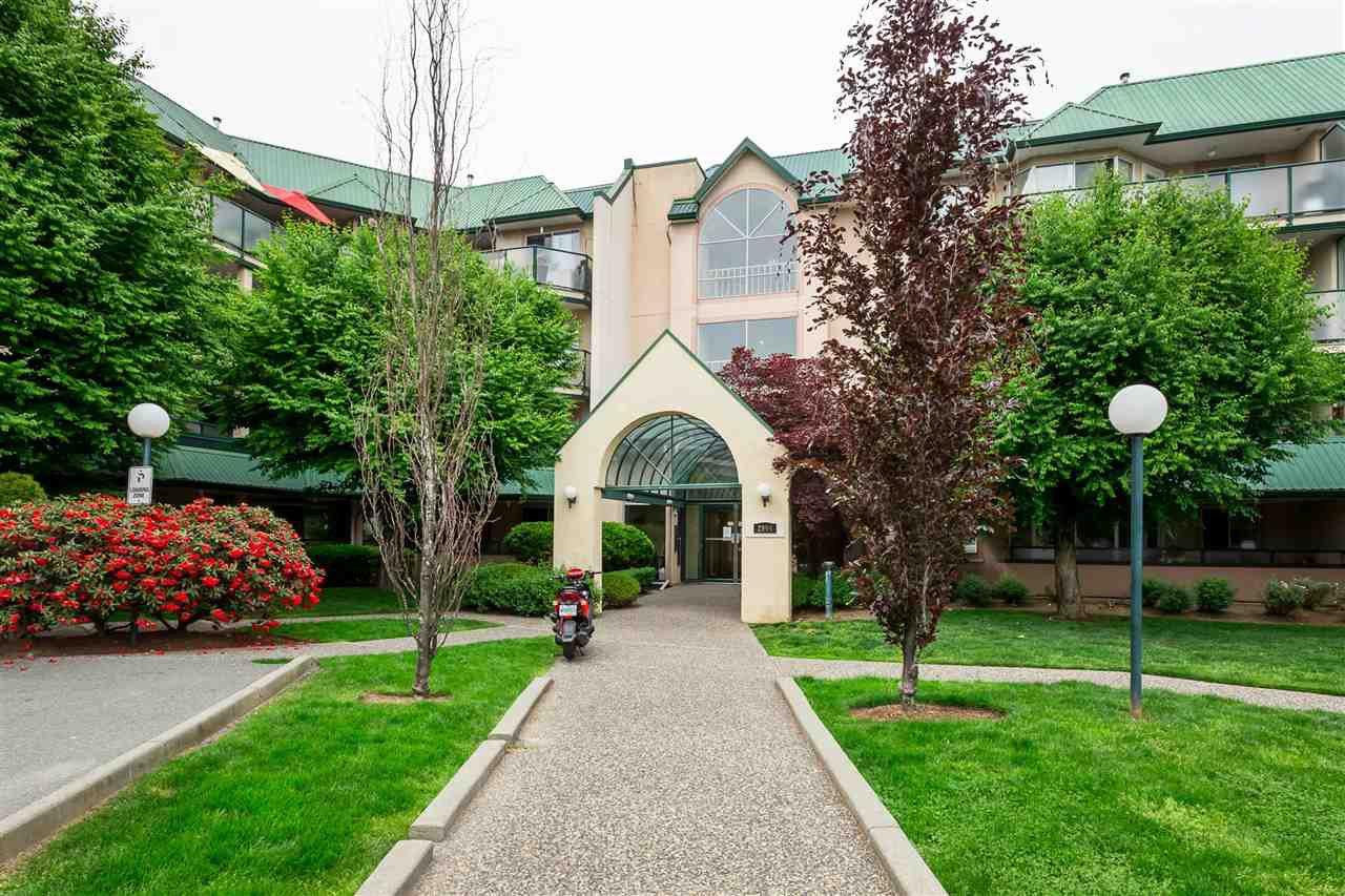 "Main Photo: 419 2964 TRETHEWEY Street in Abbotsford: Abbotsford West Condo for sale in ""Cascade Green"" : MLS®# R2438346"