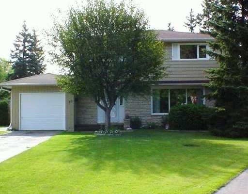 Main Photo: 30 CABOT Crescent in Winnipeg: St Vital Single Family Detached for sale (South East Winnipeg)  : MLS®# 2512097