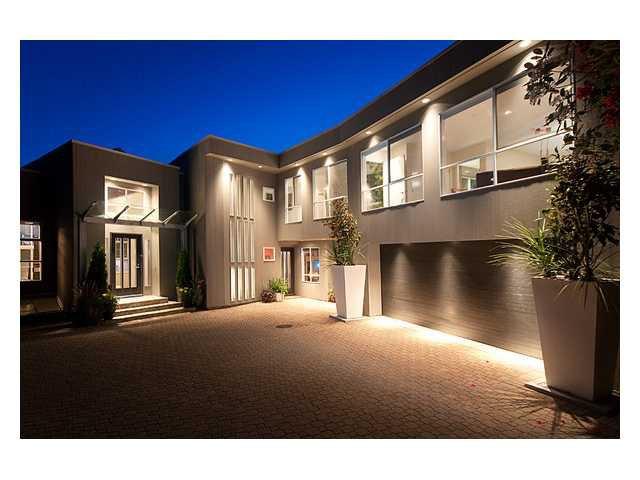 Main Photo: 4345 ROCKRIDGE RD in West Vancouver: Rockridge House for sale : MLS®# V832220