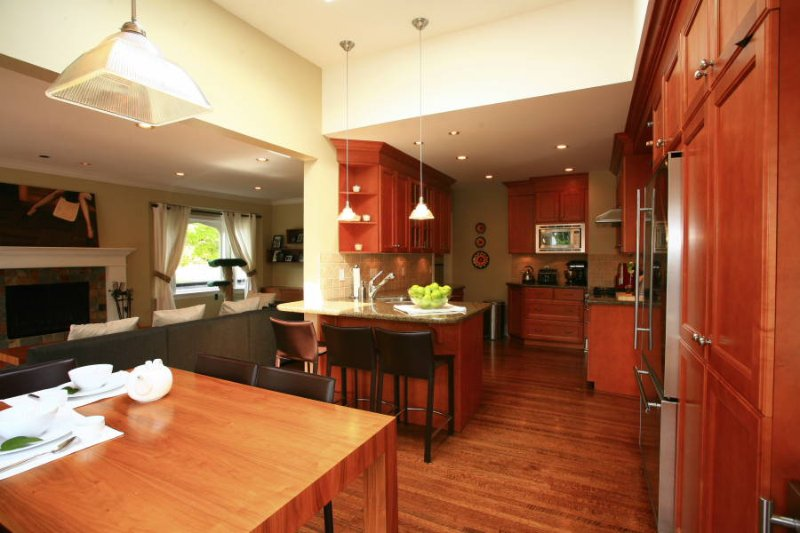 Photo 8: Photos: 7011 WILTSHIRE Street in Vancouver: South Granville House for sale (Vancouver West)  : MLS®# V655333