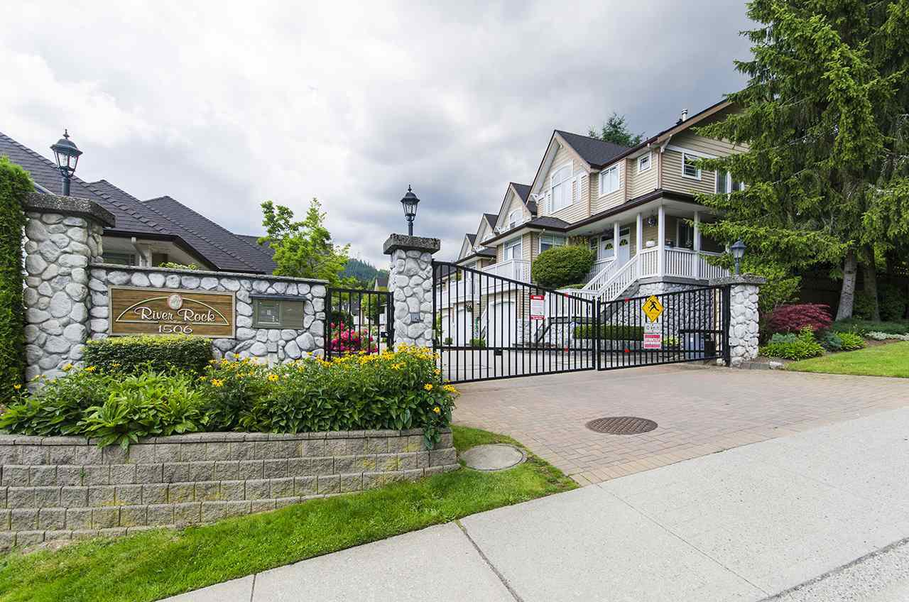 """Main Photo: 11 1506 EAGLE MOUNTAIN Drive in Coquitlam: Westwood Plateau Townhouse for sale in """"RIVER ROCK"""" : MLS®# R2390318"""