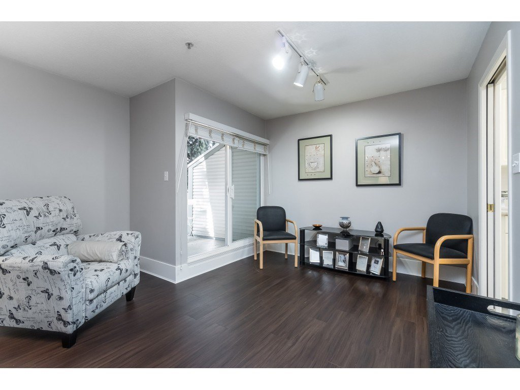 """Photo 10: Photos: 76 8892 208 Street in Langley: Walnut Grove Townhouse for sale in """"Hunter's Run"""" : MLS®# R2466617"""