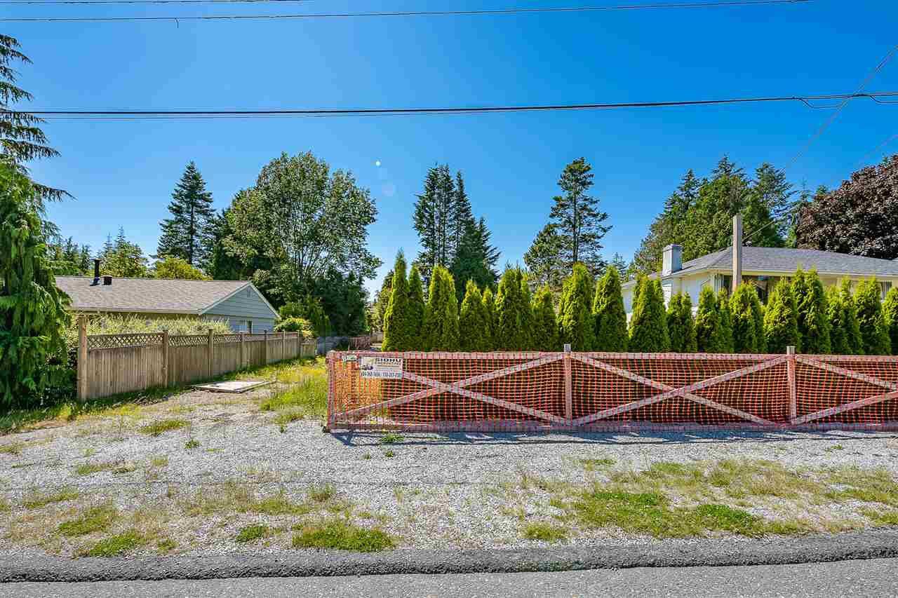 """Main Photo: 1531 CHESTNUT Street: White Rock Land for sale in """"West White Rock"""" (South Surrey White Rock)  : MLS®# R2497571"""