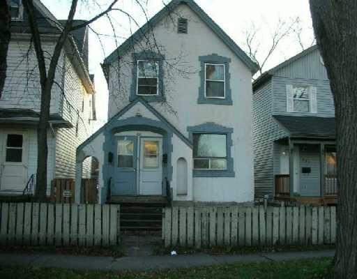Main Photo: 388 St. John's Ave in Winnipeg: Residential for sale : MLS®# 2901309