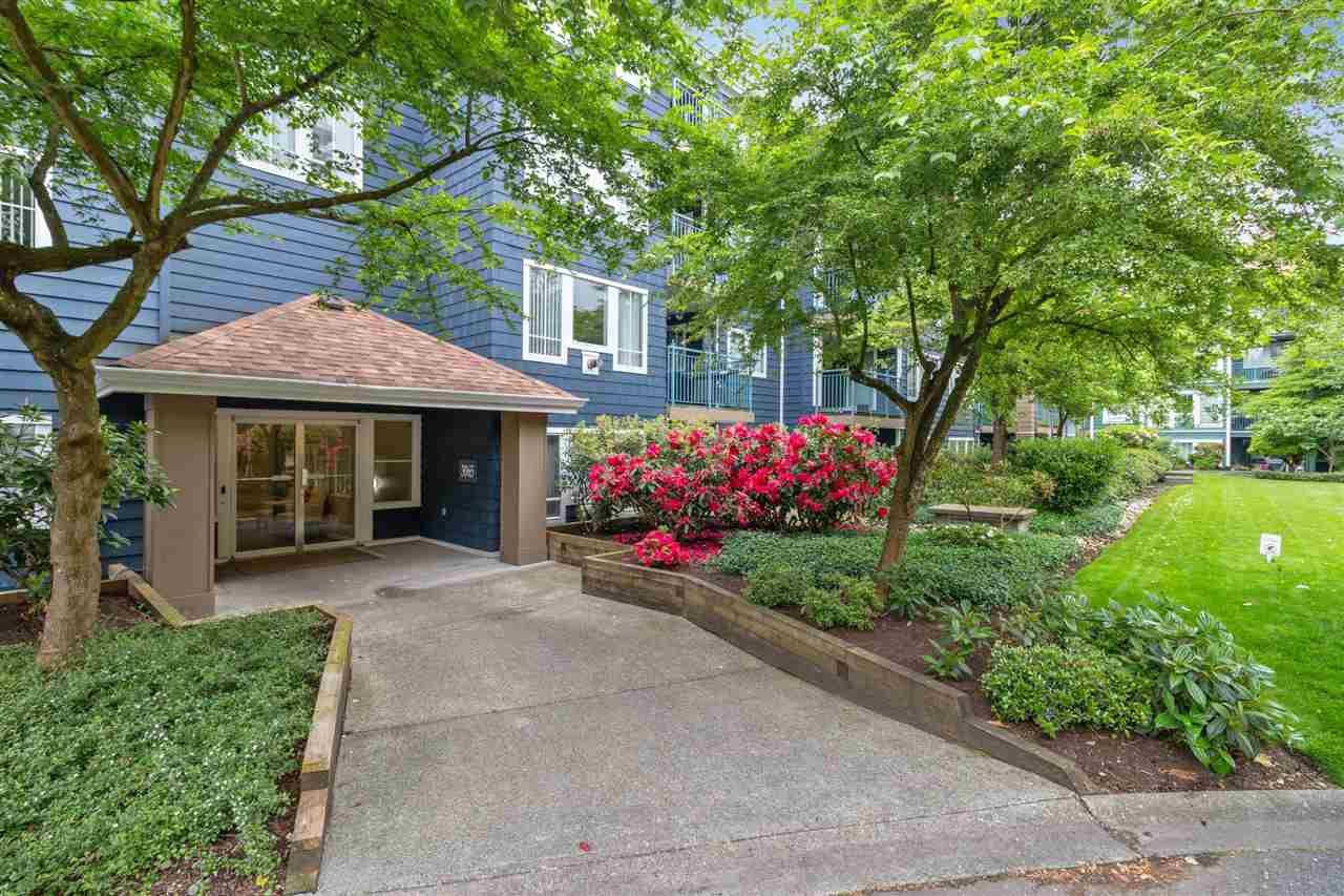 Main Photo: 111 3065 PRIMROSE Lane in Coquitlam: North Coquitlam Condo for sale : MLS®# R2457737