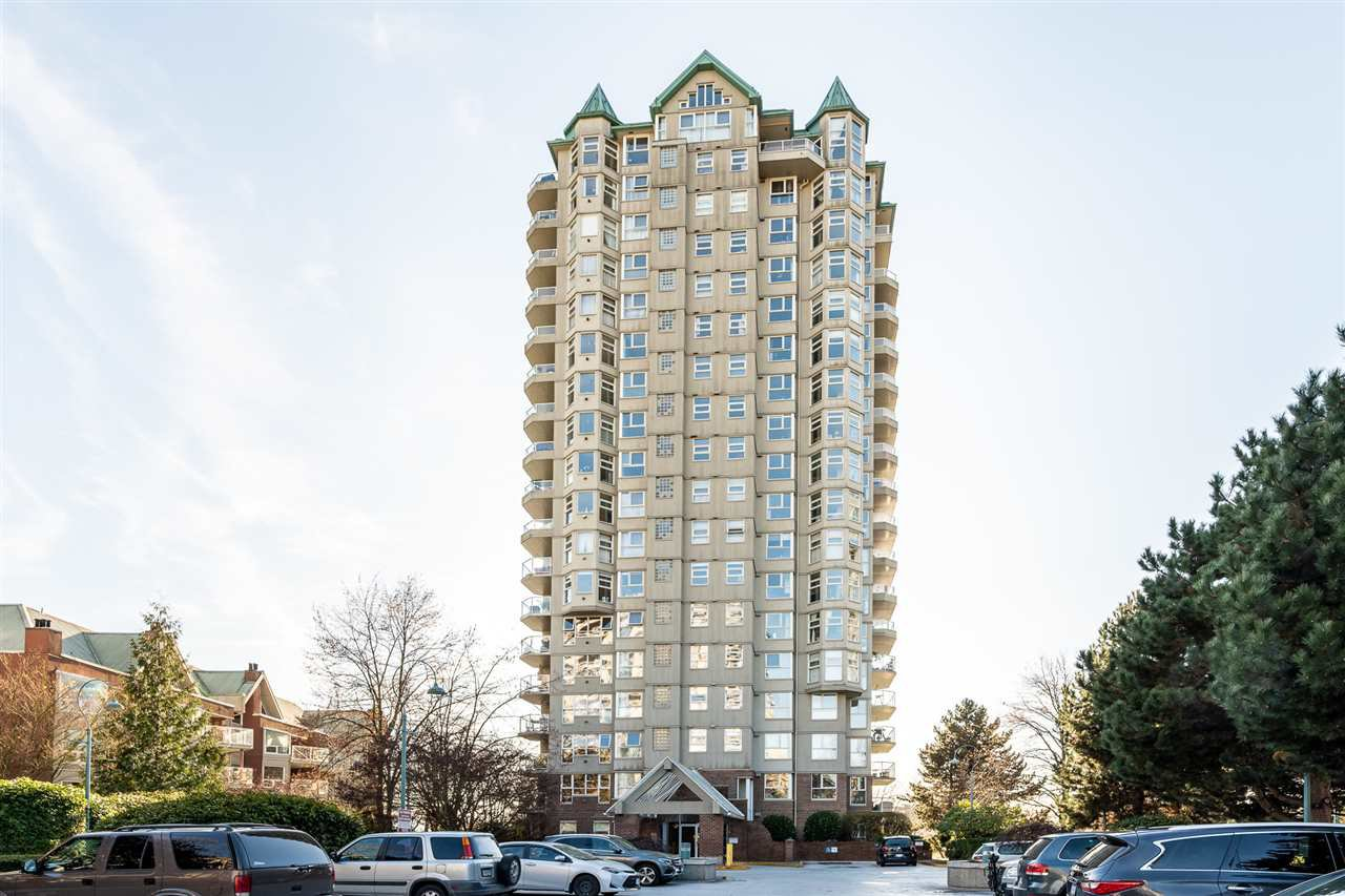 "Main Photo: 1006 1250 QUAYSIDE Drive in New Westminster: Quay Condo for sale in ""THE PROMENADE"" : MLS®# R2460422"