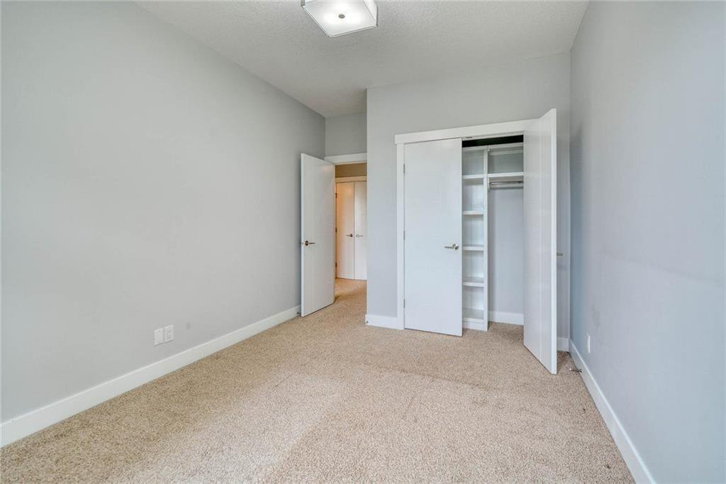 Photo 30: Photos: 911 42 Street SW in Calgary: Rosscarrock Semi Detached for sale : MLS®# C4305671