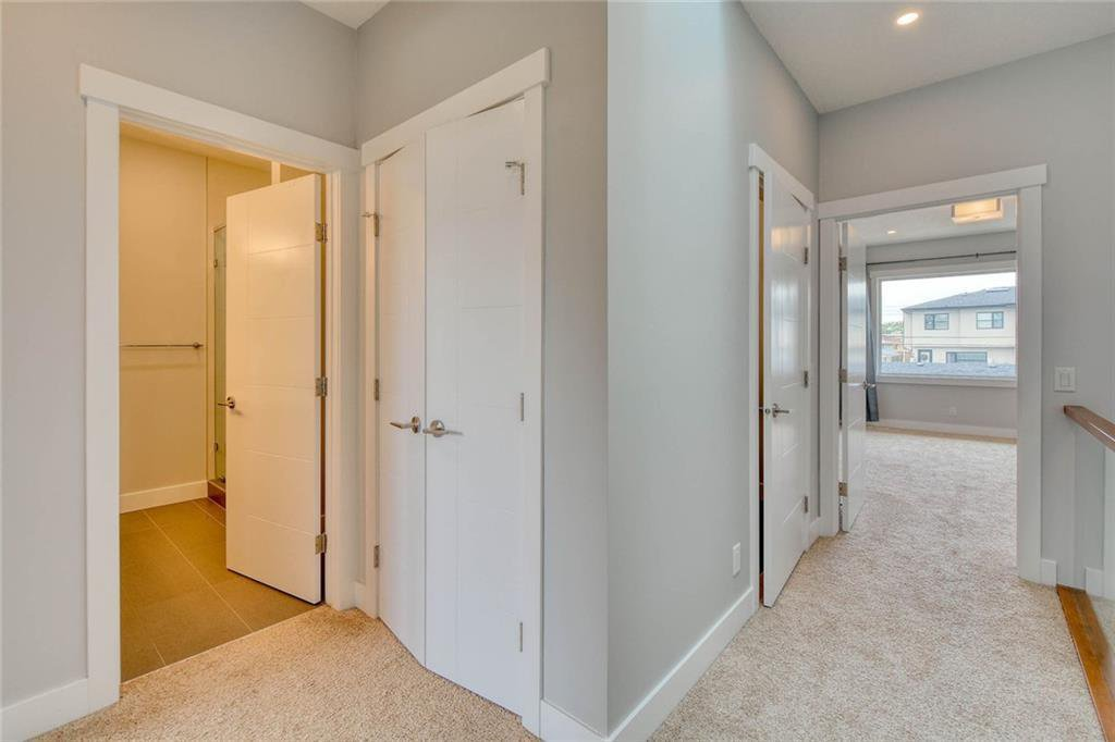 Photo 20: Photos: 911 42 Street SW in Calgary: Rosscarrock Semi Detached for sale : MLS®# C4305671