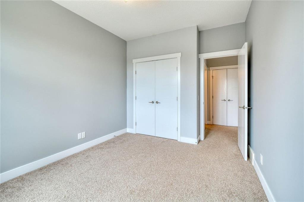 Photo 34: Photos: 911 42 Street SW in Calgary: Rosscarrock Semi Detached for sale : MLS®# C4305671
