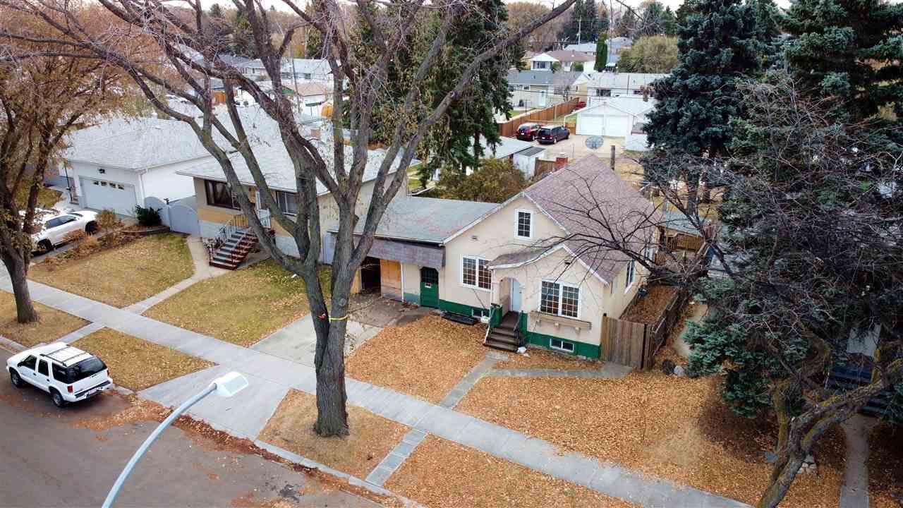 Main Photo: 9839 67 Avenue in Edmonton: Zone 17 House for sale : MLS®# E4219925