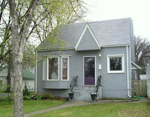 Photo 1: Photos: 914 GARWOOD Avenue in WINNIPEG: Fort Rouge / Crescentwood / Riverview Single Family Detached for sale (South Winnipeg)  : MLS®# 2707027
