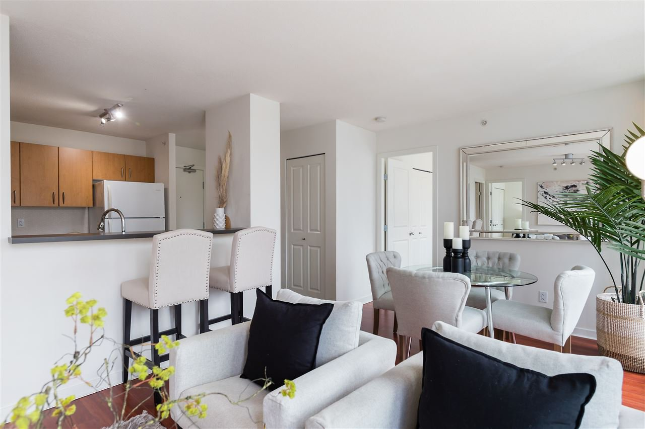 Main Photo: 809 1295 RICHARDS Street in Vancouver: Downtown VW Condo for sale (Vancouver West)  : MLS®# R2479399