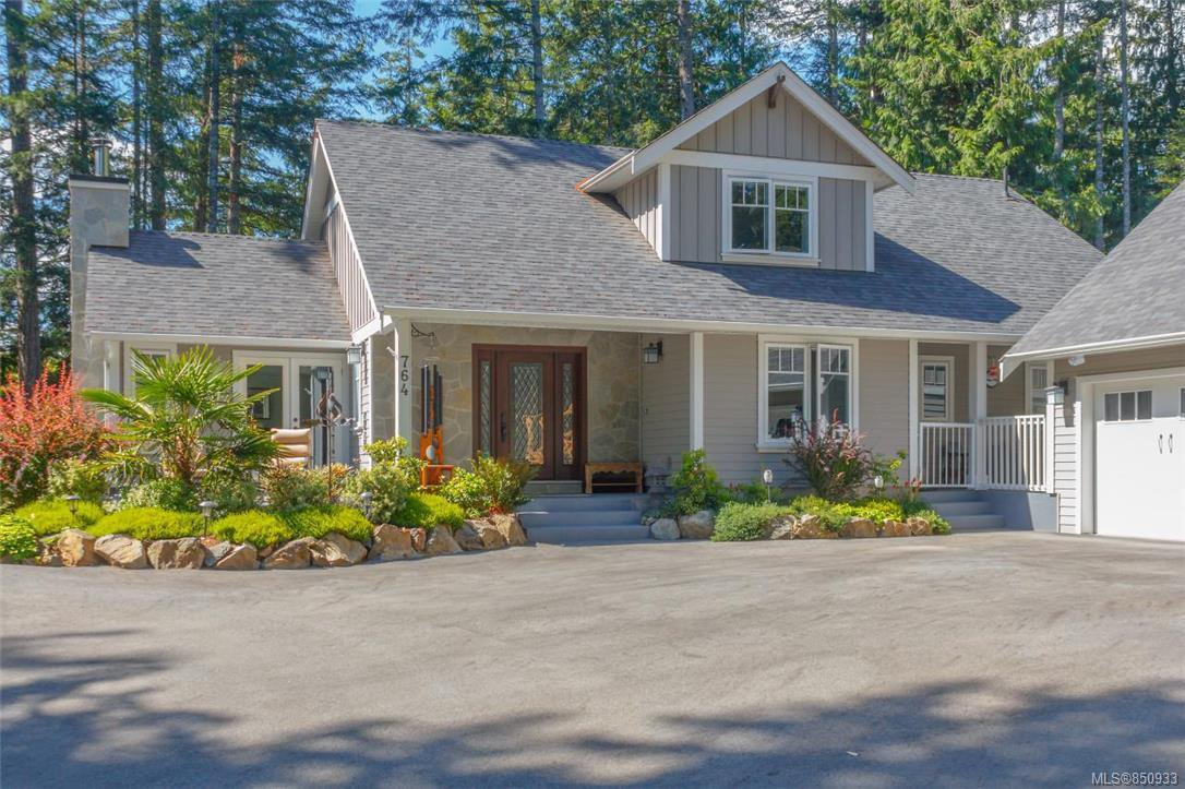 Main Photo: 764 Hanington Rd in : Hi Bear Mountain Single Family Detached for sale (Highlands)  : MLS®# 850933