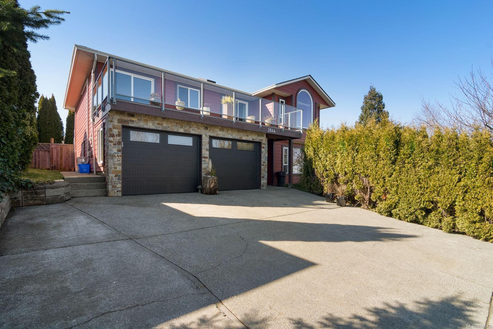 Main Photo: 2644 S Alder St in : CR Willow Point House for sale (Campbell River)  : MLS®# 856572