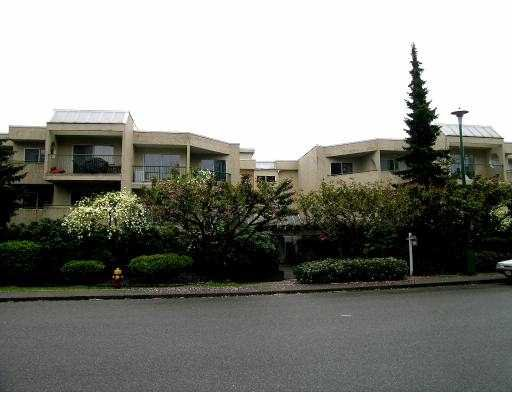 Main Photo: 205 1050 HOWIE Ave in Coquitlam: Central Coquitlam Condo for sale : MLS®# V645205
