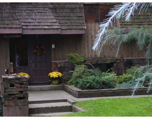 Main Photo: 2202 BOWSER Avenue in North_Vancouver: Pemberton Heights House for sale (North Vancouver)  : MLS®# V673827