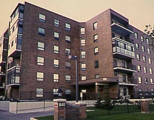 Main Photo: 403 1840 HENDERSON Highway in WINNIPEG: North Kildonan Condominium for sale (North East Winnipeg)  : MLS®# 2409100