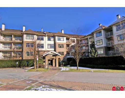 "Main Photo: 118 15210 GUILDFORD Drive in Surrey: Guildford Condo for sale in ""THE BOULEVARD CLUB"" (North Surrey)  : MLS®# F2801817"