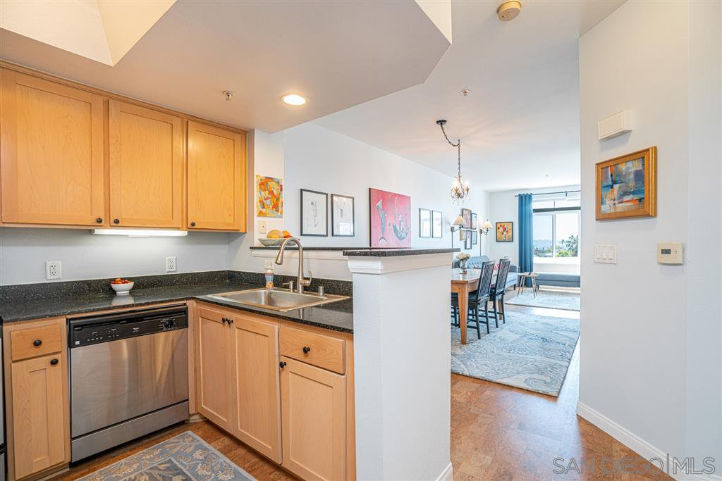 Main Photo: DOWNTOWN Condo for sale : 1 bedrooms : 2400 5th Ave #306 in San Diego