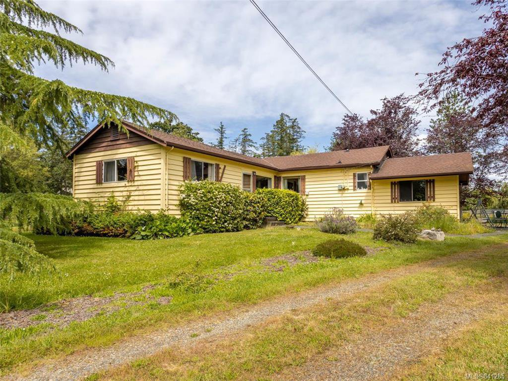 Main Photo: 750 Downey Rd in North Saanich: NS Deep Cove House for sale : MLS®# 841285