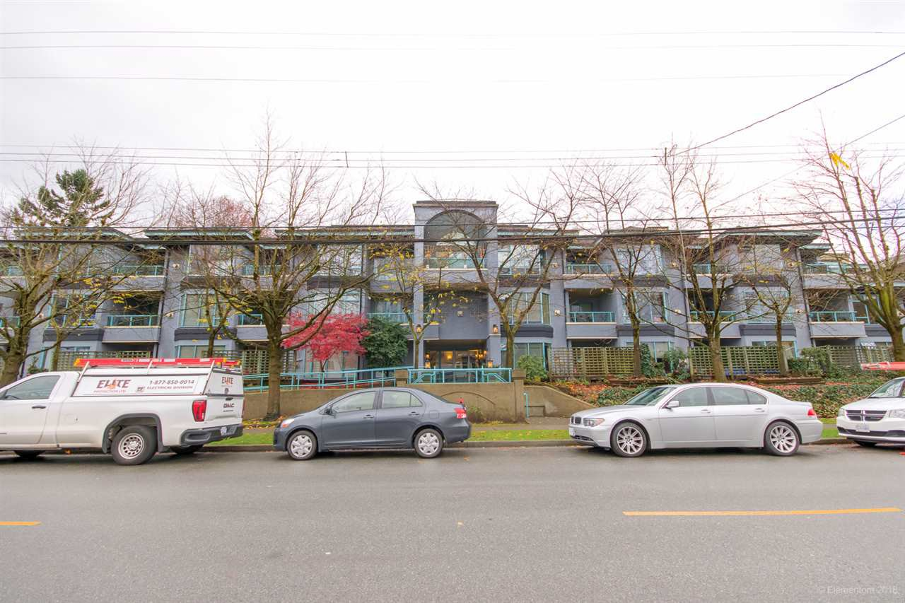 Main Photo: 102 1966 COQUITLAM Avenue in Port Coquitlam: Glenwood PQ Condo for sale : MLS®# R2518497