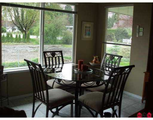 Photo 3: Photos: 2 46426 YALE Road in Chilliwack: Chilliwack E Young-Yale Townhouse for sale : MLS®# H2702021