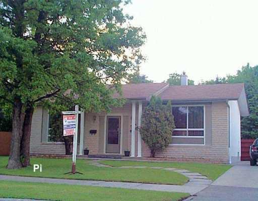 Main Photo: 319 RIEL Avenue in Winnipeg: St Vital Single Family Detached for sale (South East Winnipeg)  : MLS®# 2609279