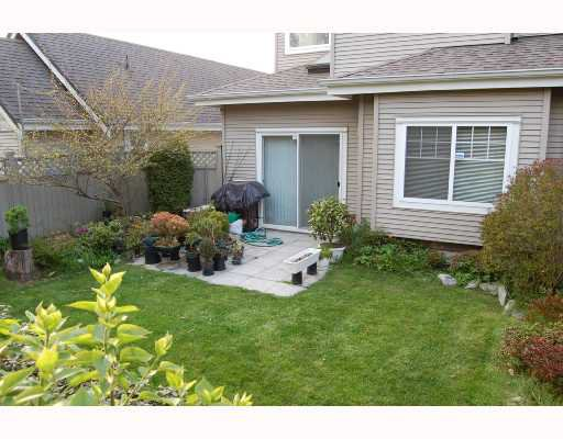 "Photo 6: Photos: 9 4811 BLAIR Drive in Richmond: West Cambie Townhouse for sale in ""ODLINWOODS"" : MLS®# V707243"