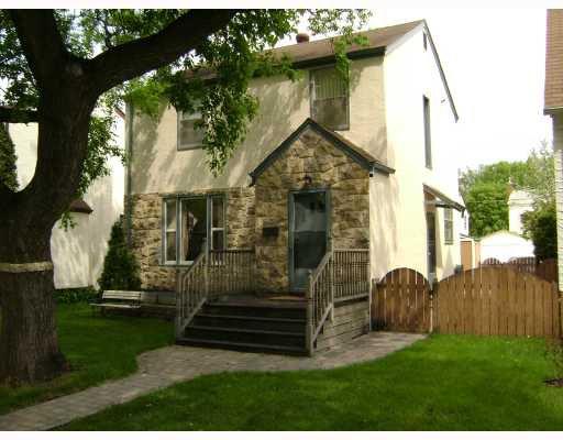 Main Photo: 496 BROCK Street in WINNIPEG: River Heights / Tuxedo / Linden Woods Residential for sale (South Winnipeg)  : MLS®# 2809612