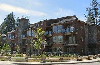 Main Photo: 635 Brookside Rd in Victoria: Residential for sale (306)  : MLS®# 265013