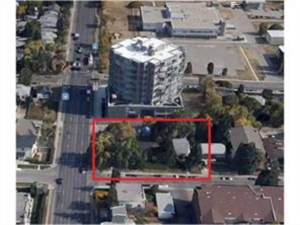 Main Photo: 1902, 1906, 1910 24A Street SW in Calgary: Richmond Detached for sale : MLS®# A1029303