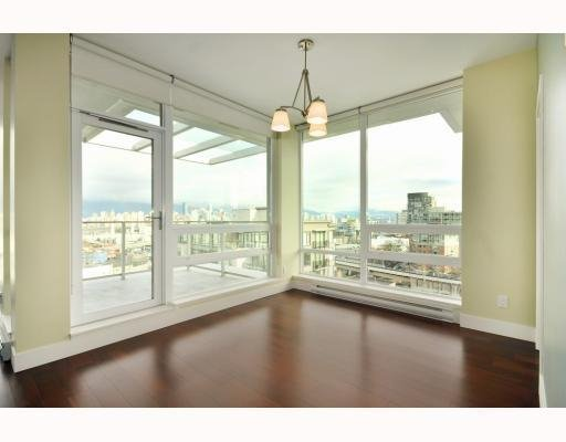 Photo 4: Photos: # 1001 1675 W 8TH AV in Vancouver: Condo for sale : MLS®# V808667