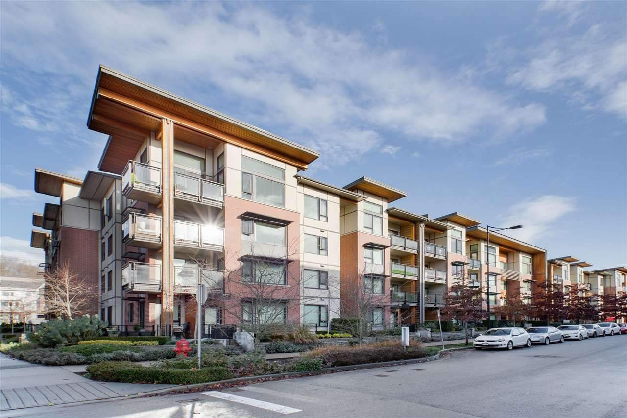 """Main Photo: 315 3133 RIVERWALK Avenue in Vancouver: South Marine Condo for sale in """"NEW WATER"""" (Vancouver East)  : MLS®# R2427108"""