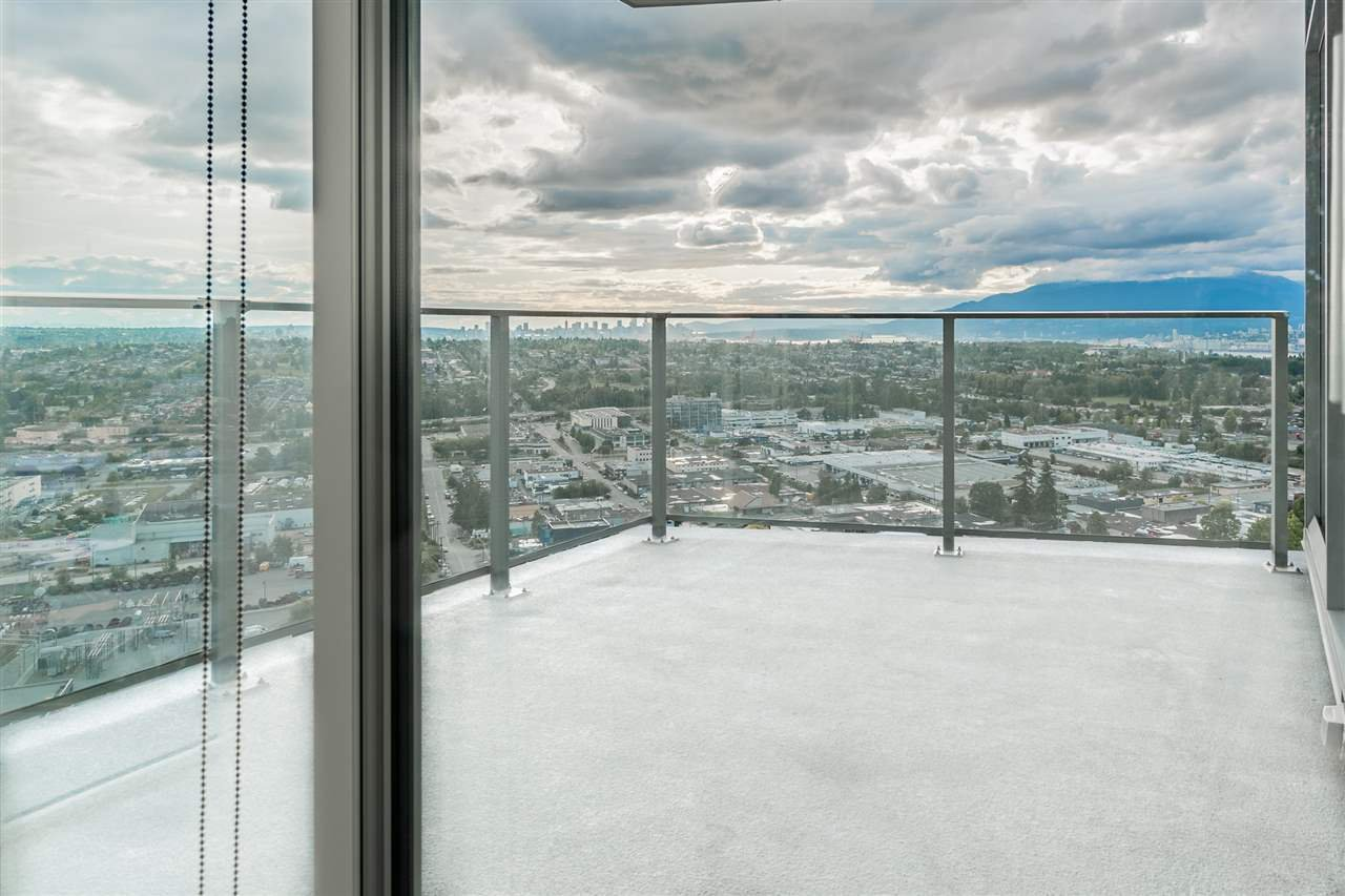 """Photo 14: Photos: 2905 1788 GILMORE Avenue in Burnaby: Brentwood Park Condo for sale in """"ESCALA"""" (Burnaby North)  : MLS®# R2464445"""