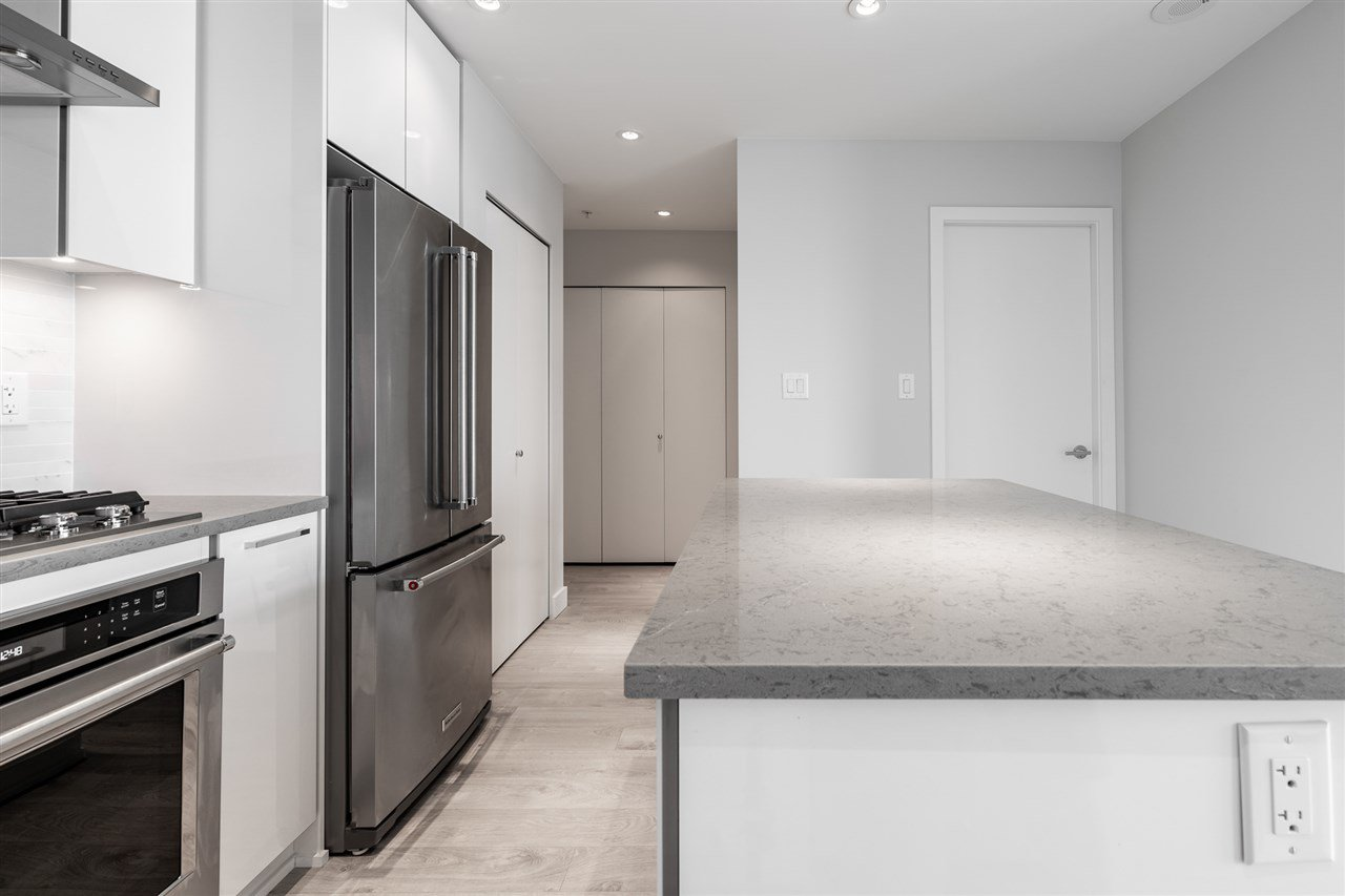 """Photo 7: Photos: 2905 1788 GILMORE Avenue in Burnaby: Brentwood Park Condo for sale in """"ESCALA"""" (Burnaby North)  : MLS®# R2464445"""