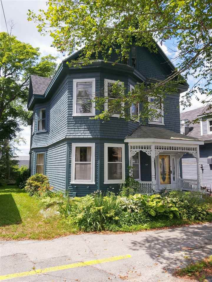 Main Photo: 127 Water Street in Shelburne: 407-Shelburne County Residential for sale (South Shore)  : MLS®# 202014293
