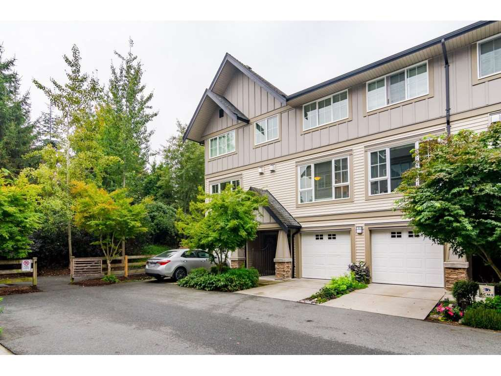 """Main Photo: 216 2501 161A Street in Surrey: Grandview Surrey Townhouse for sale in """"HIGHLAND PARK"""" (South Surrey White Rock)  : MLS®# R2499200"""