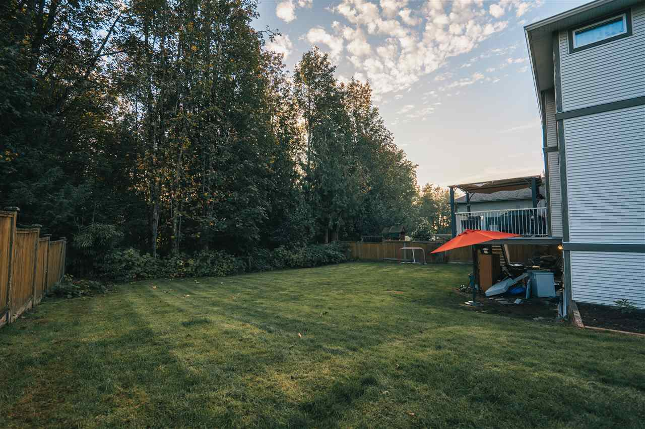 """Photo 5: Photos: 4261 TOM THOMSON Court in Abbotsford: Abbotsford East House for sale in """"Auguston"""" : MLS®# R2506755"""