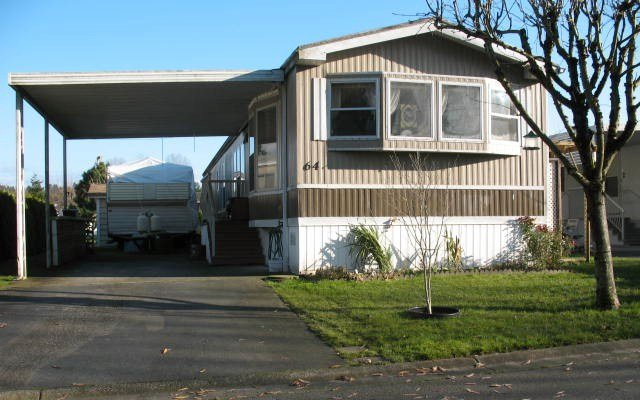 Main Photo: 64 145 King Edward Street in Coquitlam: Manufactured Home for sale