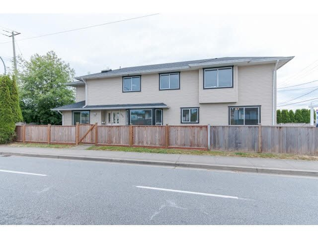 Main Photo: 5995 176TH STREET in : Cloverdale BC House for sale : MLS®# F1445313