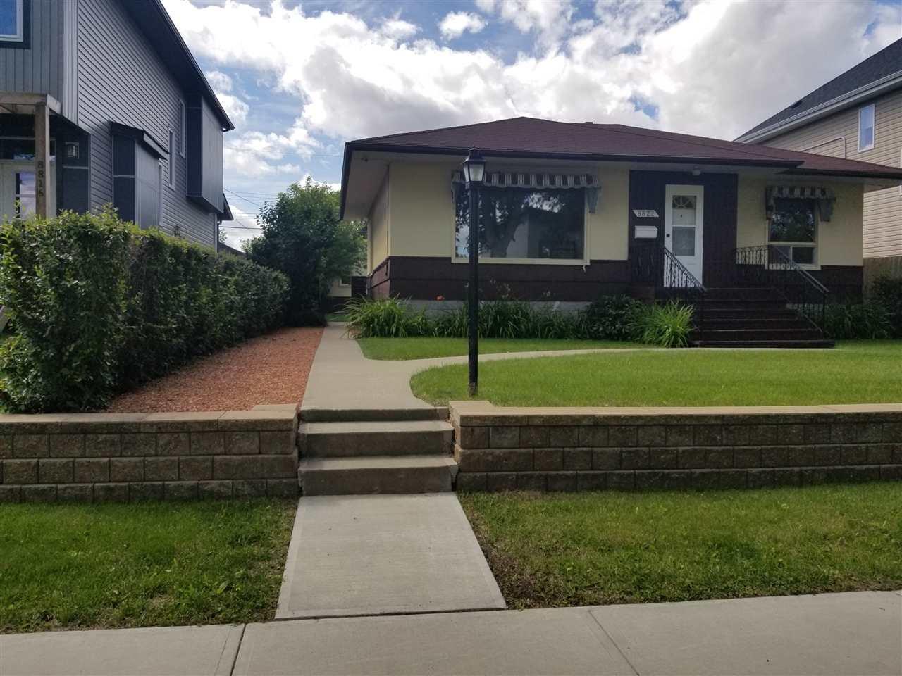 Main Photo:  in Edmonton: Zone 18 House for sale : MLS®# E4206142