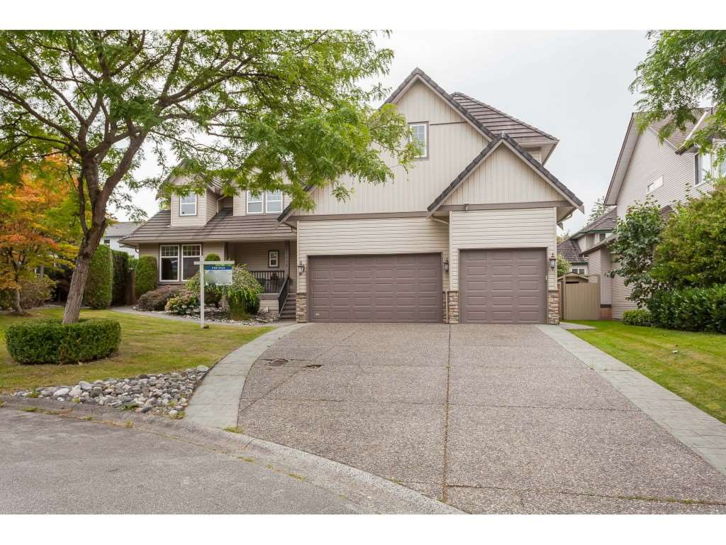 "Main Photo: 21058 85A Avenue in Langley: Walnut Grove House for sale in ""MANOR PARK"" : MLS®# R2493956"